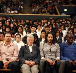 transcendental-meditation-at-san-fransisco-school with russell brand david lynch and barry zito