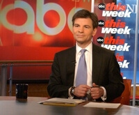 george-stephanopoulos_meditation-practice-transcendental-tm-credit-tvweek.com_cr(1)