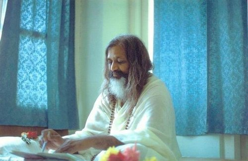maharishi mahesh yogi mmy tm meditation teacher photos videos quotes w2