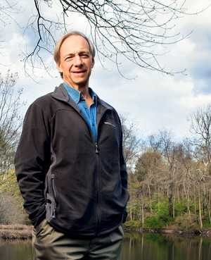 investment banker Ray Dalio meditates TM