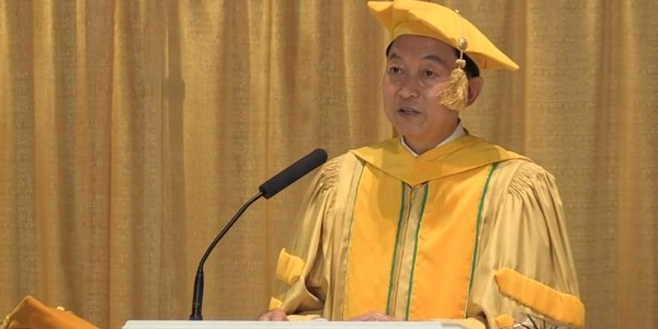 hatoyama japan prime minister mum graduation speech video meditation_cr