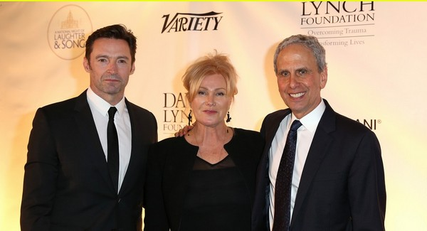 hugh-jackman-deborra-lee-furness-bob roth dlf tm meditation night-of-laughter_cr